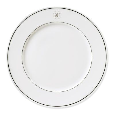 These durable restaurant-quality dinner plates are versatile for entertaining as well ...  sc 1 st  Pinterest & Grand Cuisine Collection Dinner Plates Set of 4 #williamssonoma ...