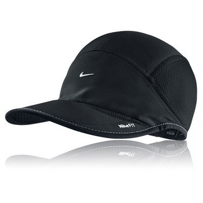 Nike Dri-Fit casquette course à pied picture 1   Vêtements running ... 1d26bf124e38