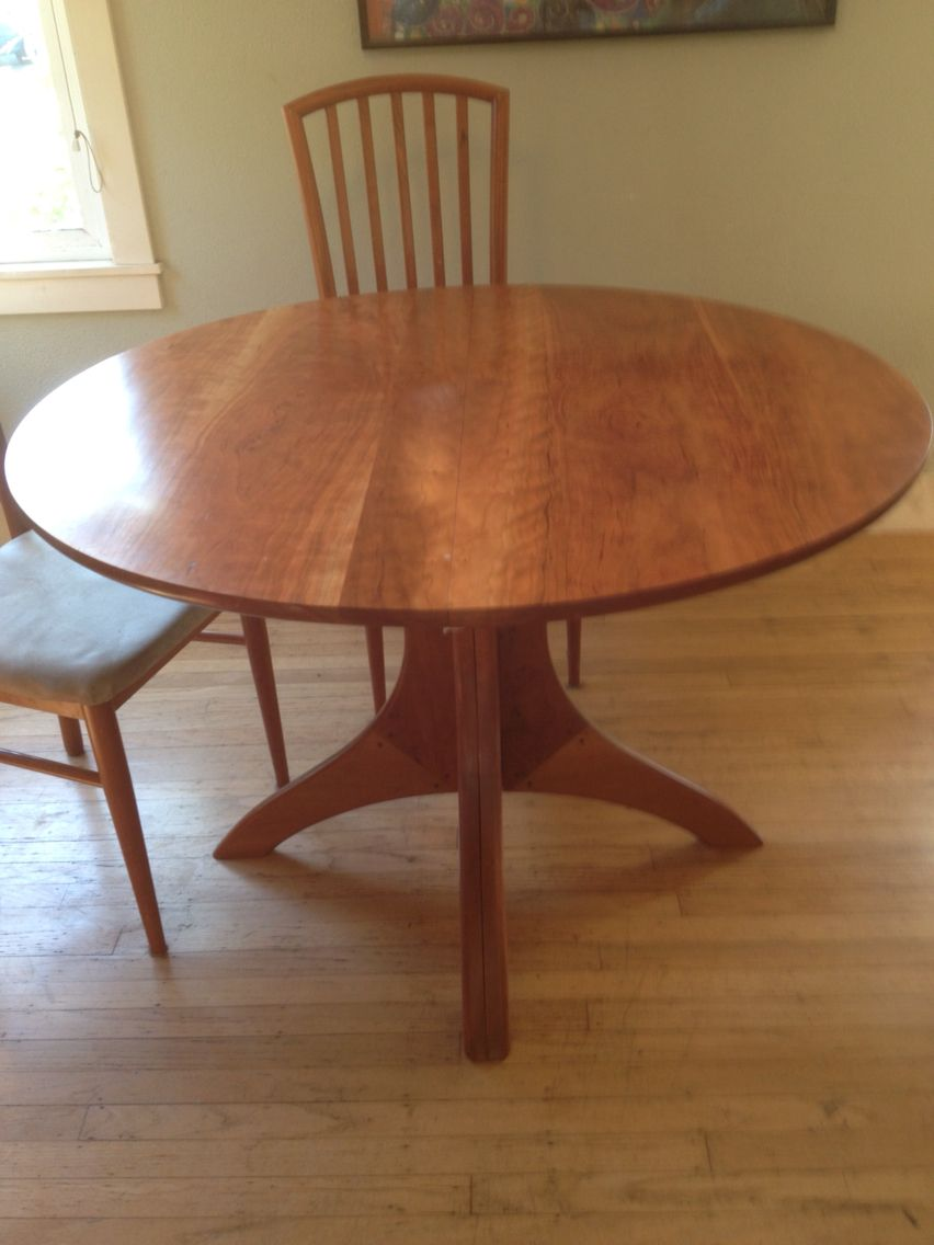 Cherry Dining Table That Has 2 Leaves And Can Expand Handmade