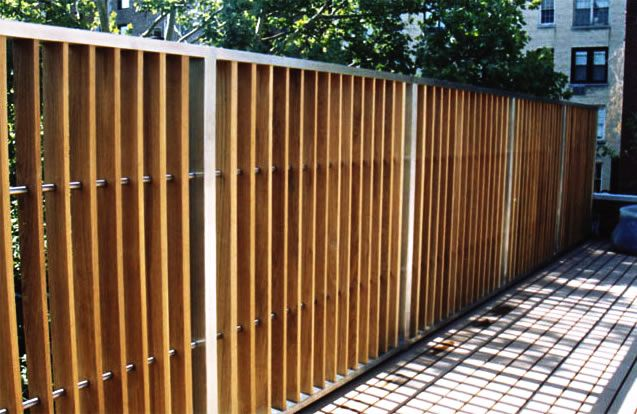 Lamellen schutting van hout en rvs tuinafscheidingen - Sichtschutz buro ...