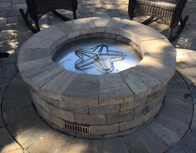 9 DIY Gas Fire Pit Projects and Ideas | Diy gas fire pit ...