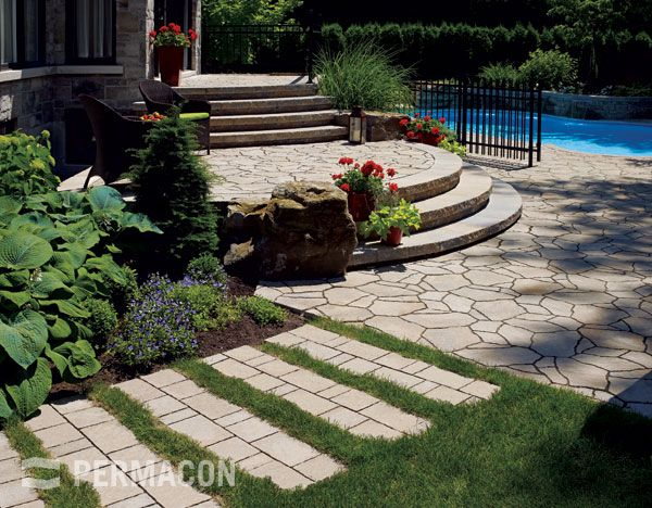 Apply our surface protector faceal oleo hd on your pavers for Surface design landscape