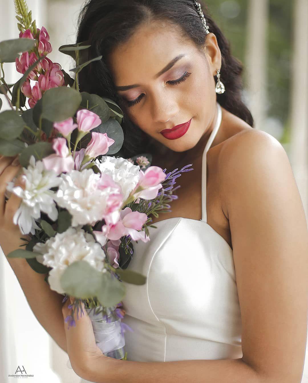 Eva & Nestor👏  @evamaria195  @praedium  @duckensep @Luiggyweddindplanner  #boda #preboda #wedding #together #husbandandwife #blessed #love #couplegoals #lifestyle #goals #love #forever #nature #rio #like #porsiempre  #photography #amor  #instagram  #photo #art #pose #stilo