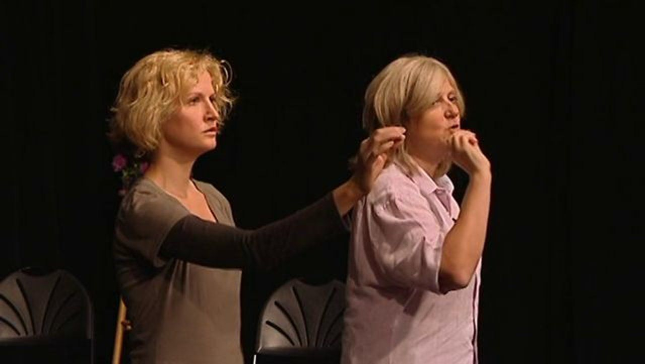 Vocal Intonation Exercise World Renowned Voice Teacher Patsy Rodenburg Demonstrates An Intone Exercise To Help Ac Singing Tips Vocal Exercises Singing Lessons