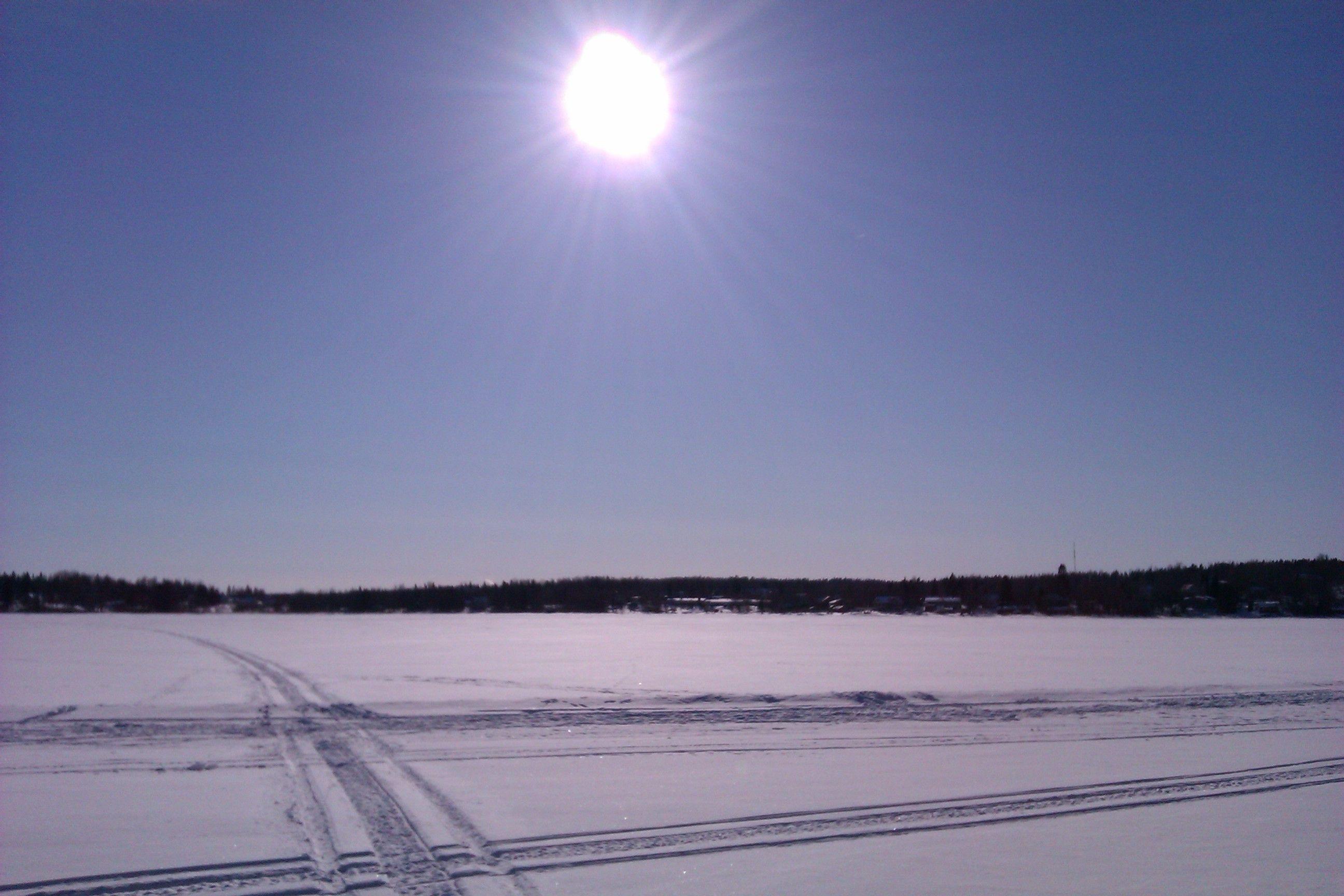 Pyhäjärven jäällä 2013