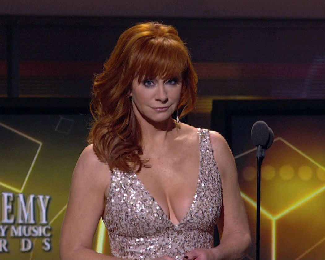Can suggest reba mcentire fake porn apologise, but
