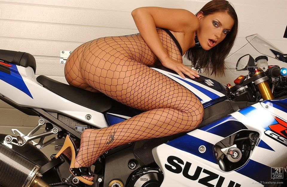 big ass titty on a gsxr porn