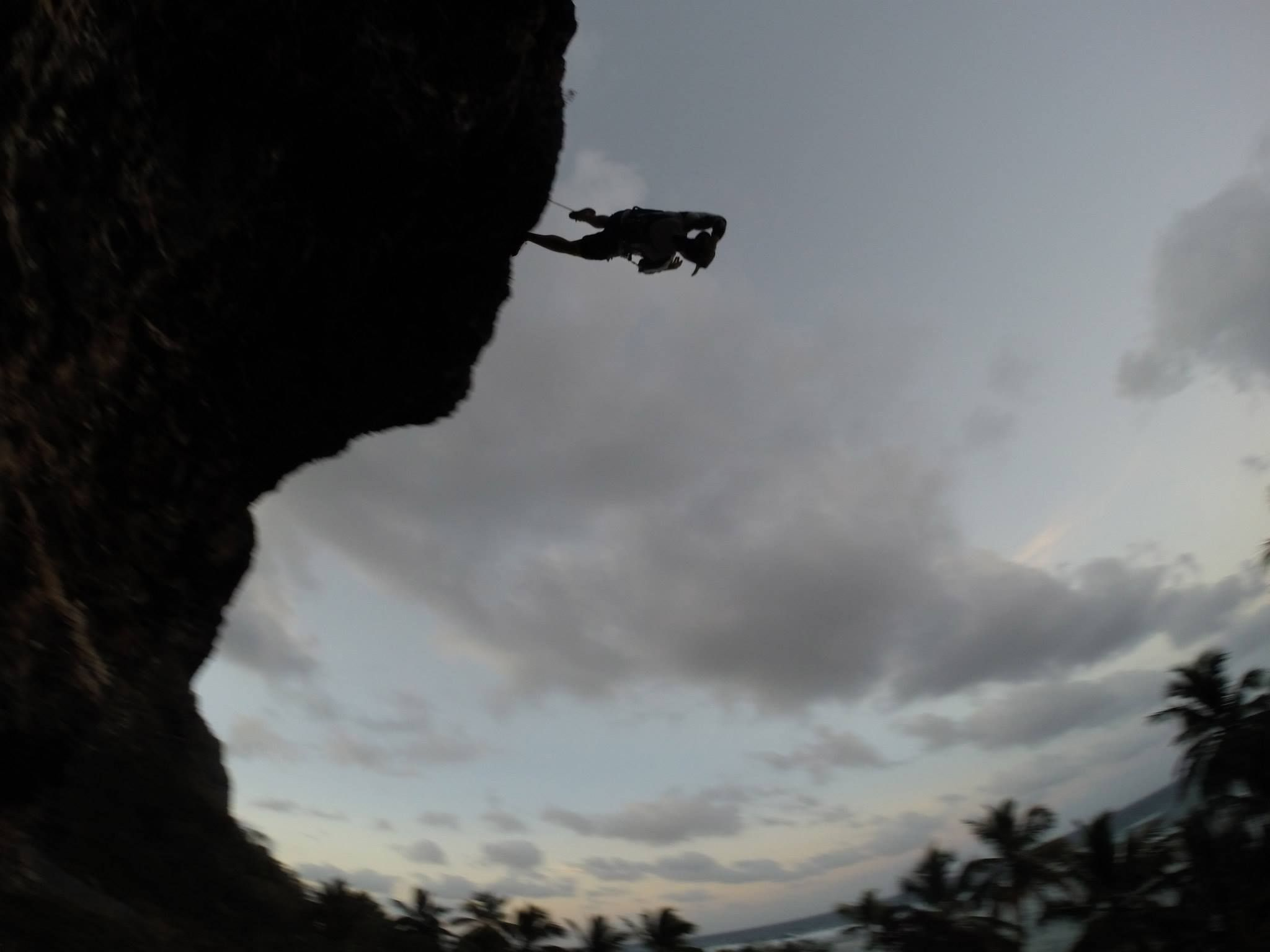 Joan Gómez in Leap of Faith @ El Péndulo. Photo: César Desangles.- Playa Fronton in Las Galeras, Samaná