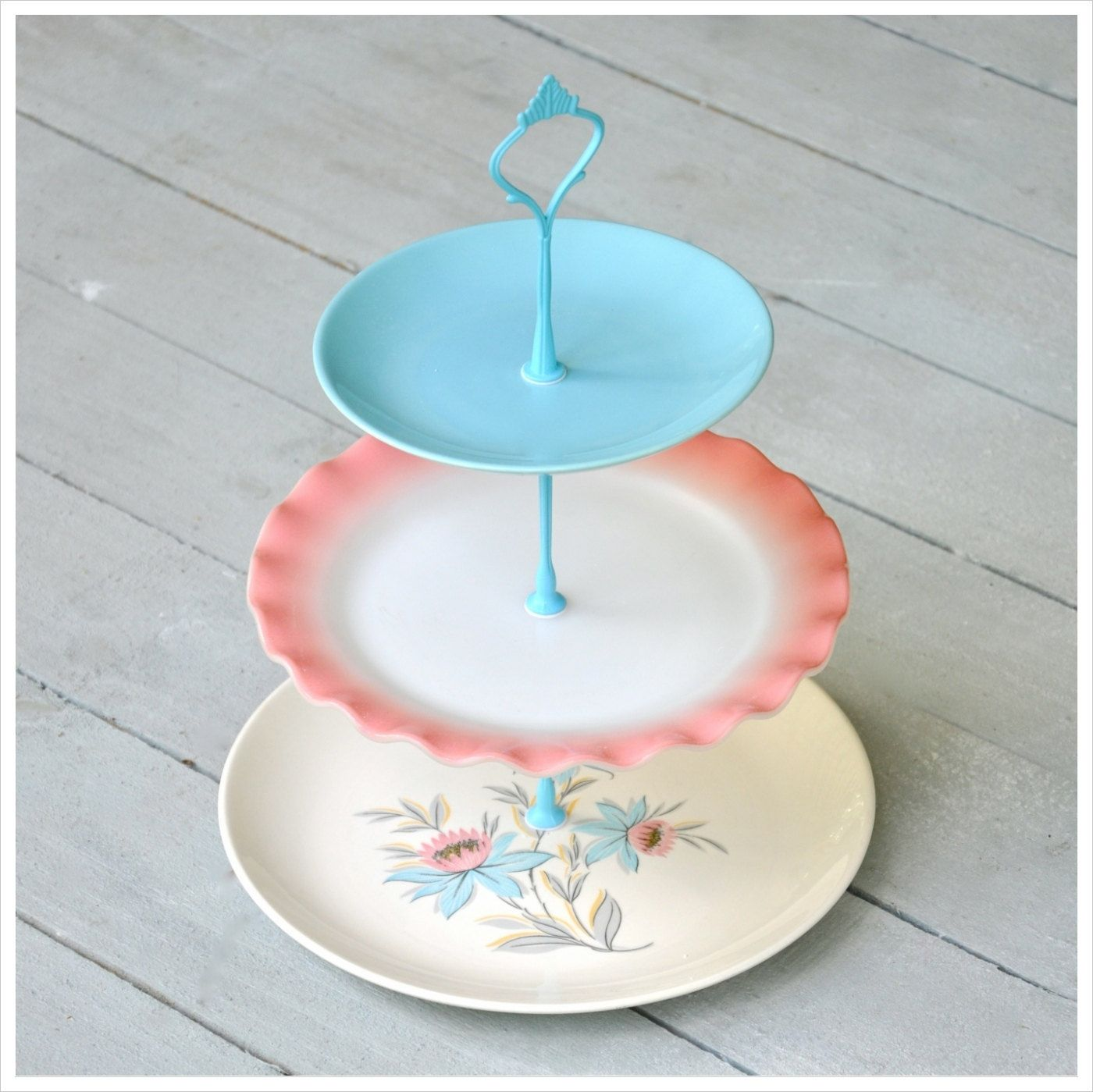 Candyfloss Cupcake Stand 3 Tier Cake Stand Candy Colors 142 00 Via Etsy Cake Cake Plates 3 Tier Cake Stand