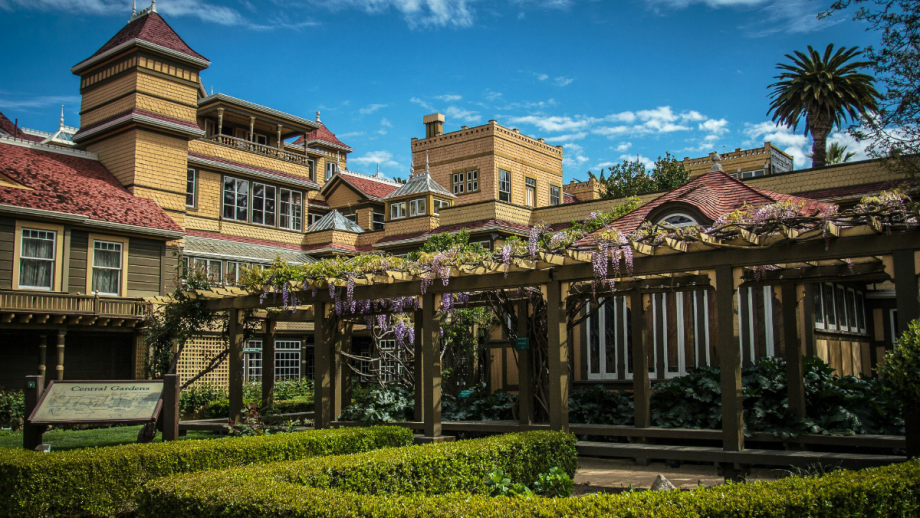 Take a Virtual Tour of the Winchester Mystery House Nerdist