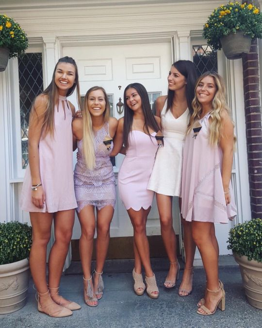 69ee33d303f recruit in blush Sorority Rush Outfits