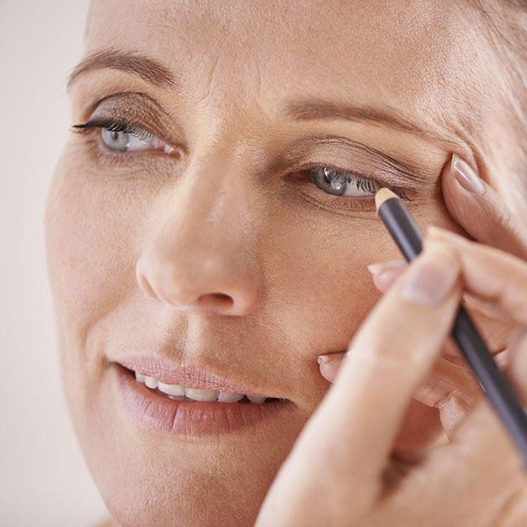 How To Do Makeup Over 40 Beauty Over 60 Pinterest Makeup