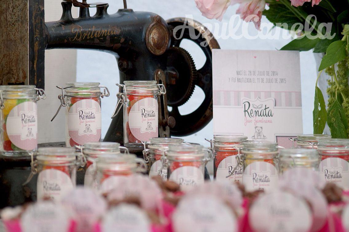 #AzulCanela #bautizo #Renata #eventossociales #eventos #details #bears #desserttable #mesasdepostres #candybuffet #mesasdedulces #gomitas #vintage #britania #maquinadecoser