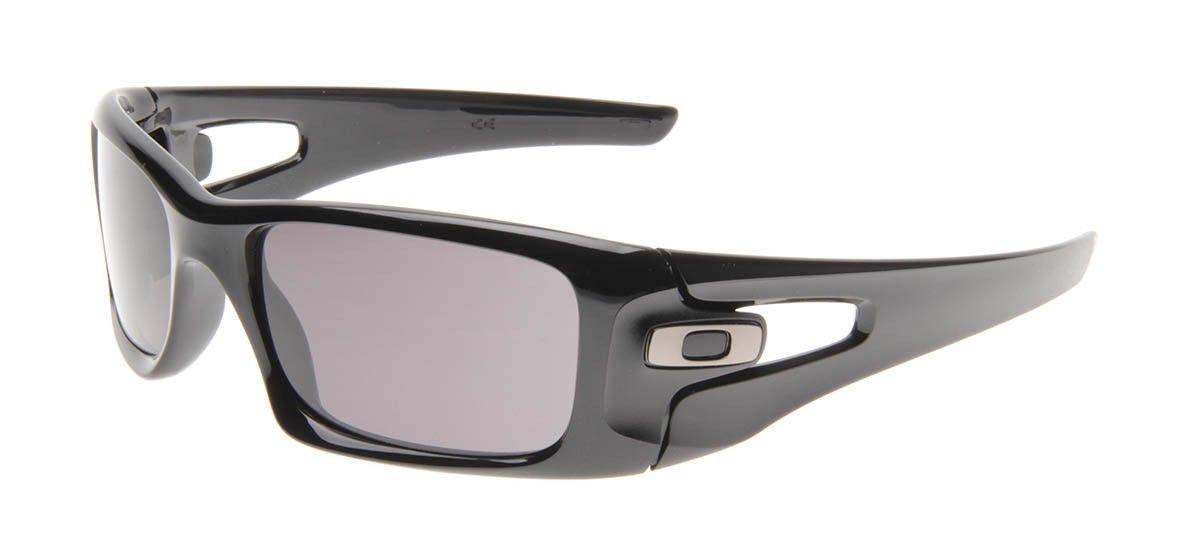 A Oakley é universalmente reconhecida como sinônimo de inovação e qualidade  em óculos esportivos. A Oakley oferece aos atletas óculos com design  moderno e ... f88b8d5690