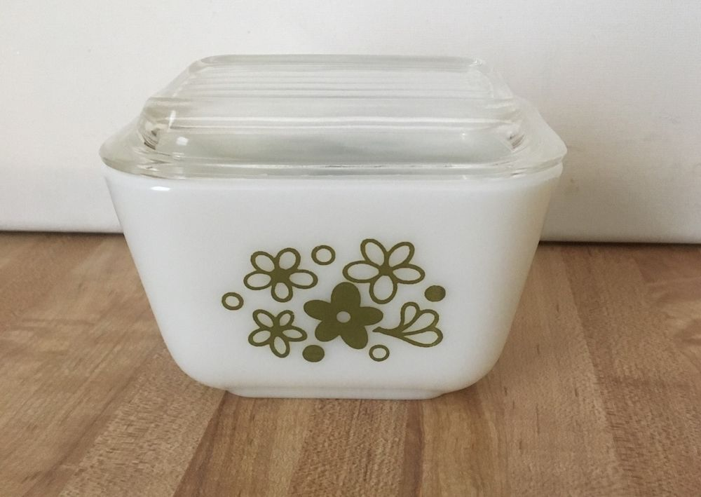 Vintage Pyrex 501 B Spring Blossom 1 1 2 Cup Refrigerator Dish W Lid Pyrex Vintage Pyrex Spring Blossom