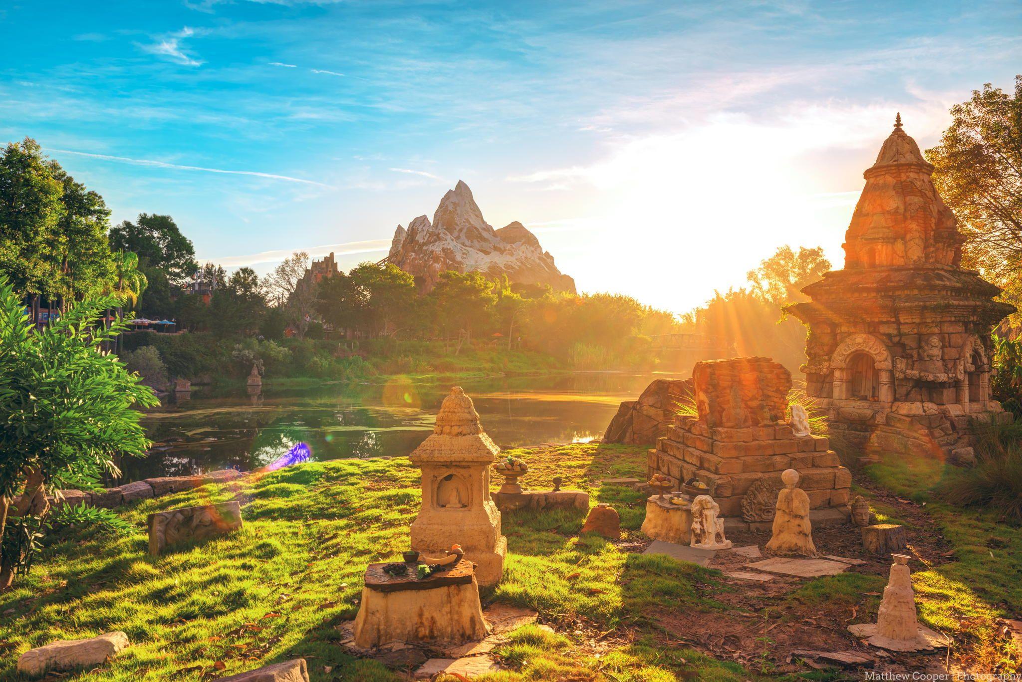 The Golden Light Of Everest By Matthew Cooper On 500px Monument Valley Instagram Sunrise