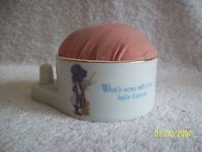 Vintage Holly Hobbie Pin Cushion~Porcelain~Made In Japan 1981