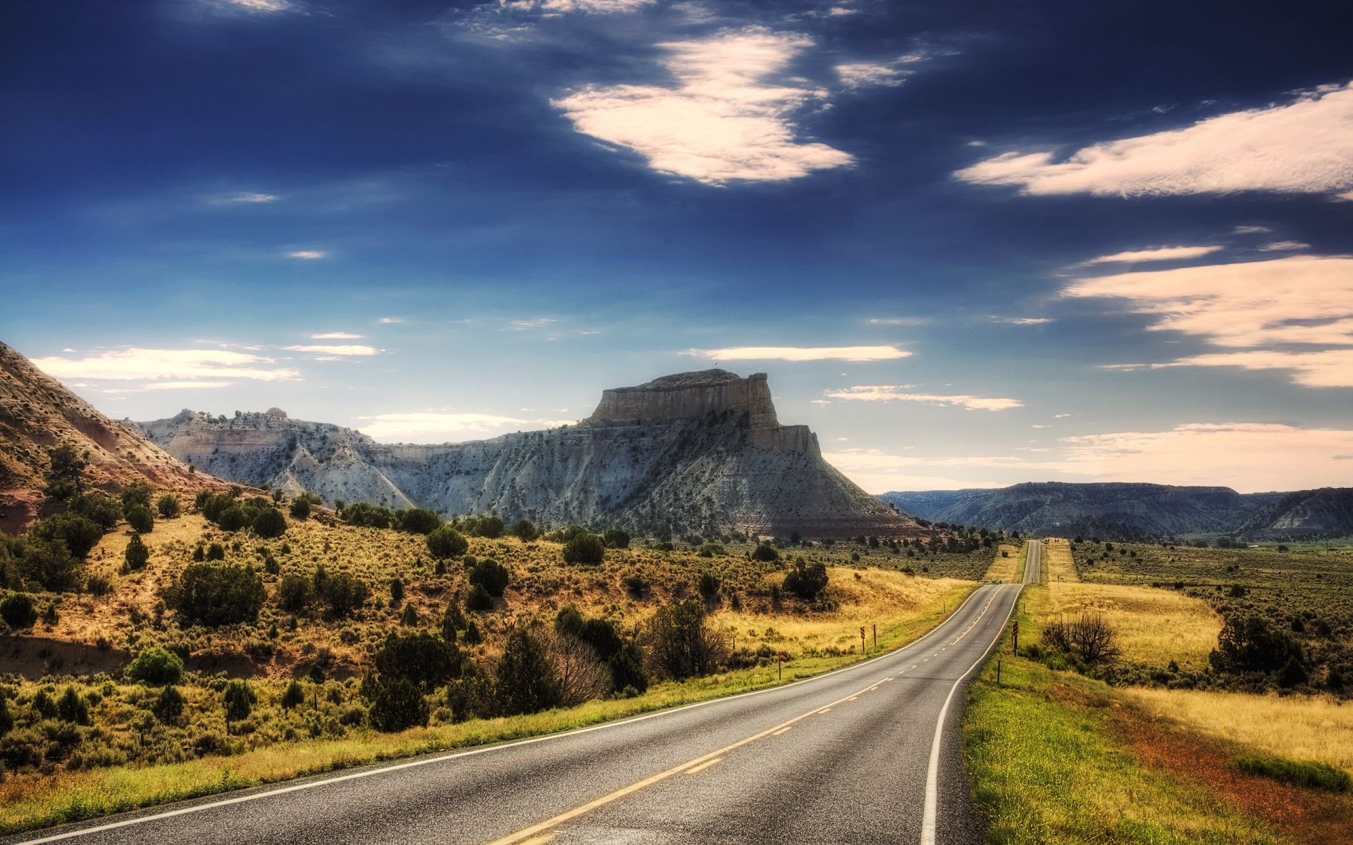Cool Landscape Road Background Picture