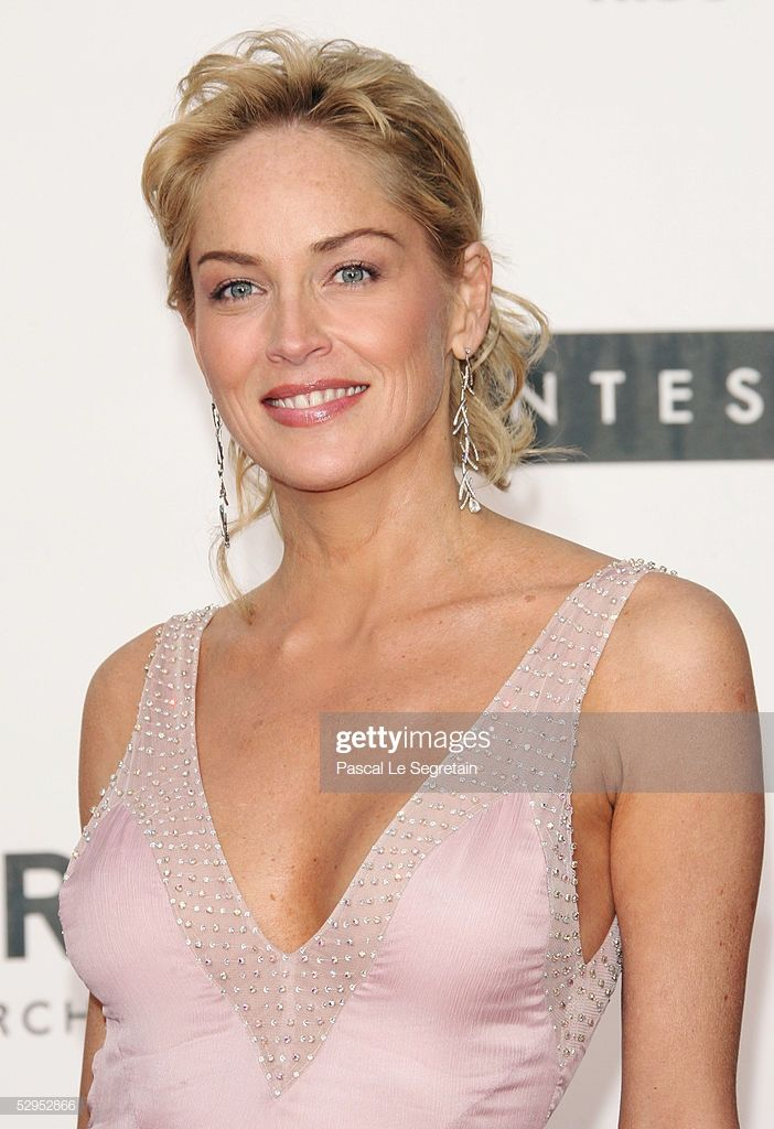 """Photo of Actress Sharon Stone arrives at """"Cinema Against AIDS 2005"""", the 12th …"""