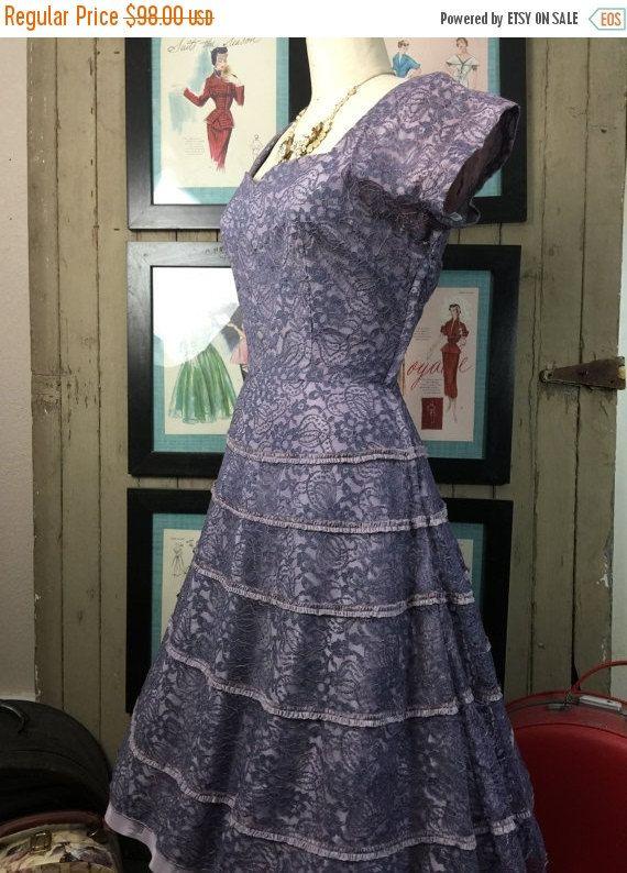 Automne vente robe des années 1950 robe de soirée bigorneau robe dentelle robe des années 1940 robe taille moyenne Vintage robe lavande robe