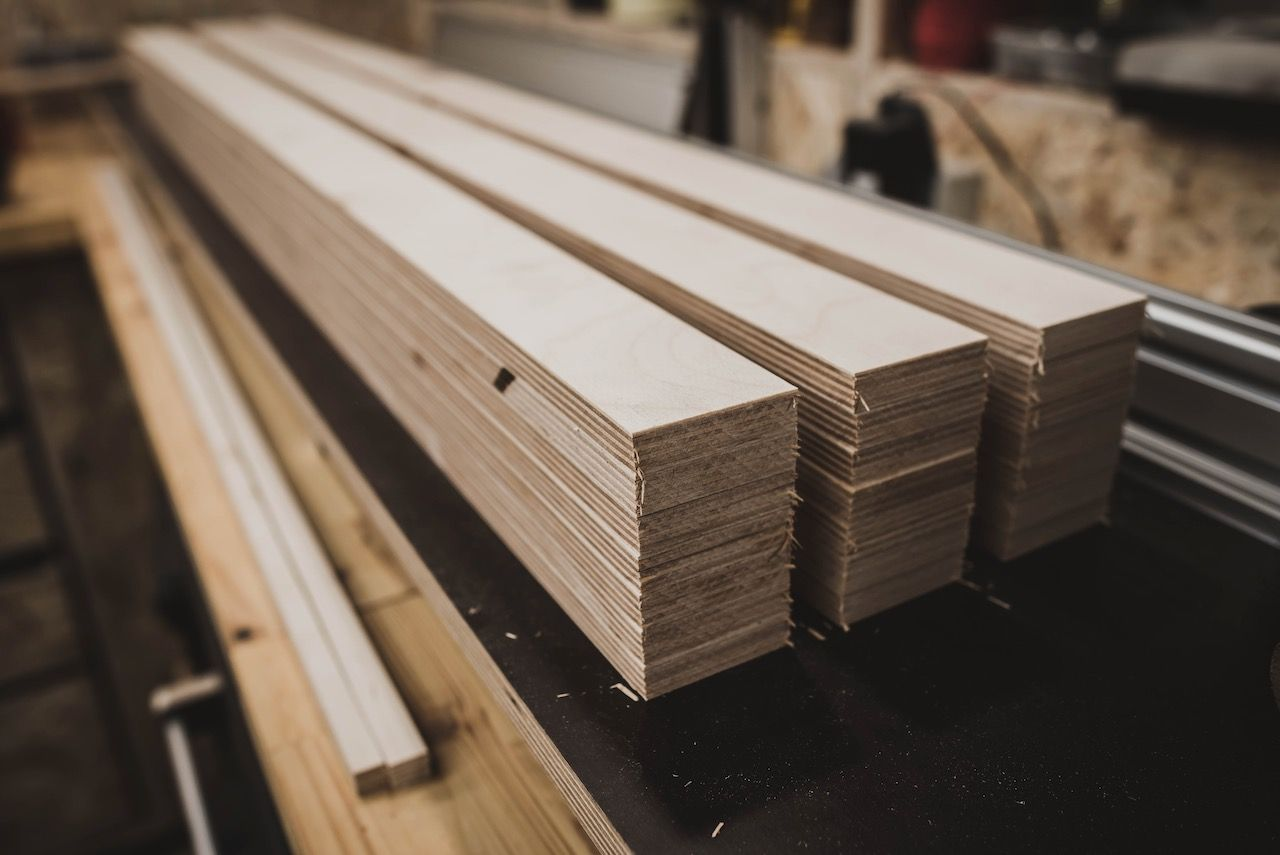 French Cleat Wand In Der Hobbywerkstatt Selber Bauen In 2020 Werkzeugwand Holz Wand Werkzeugwand