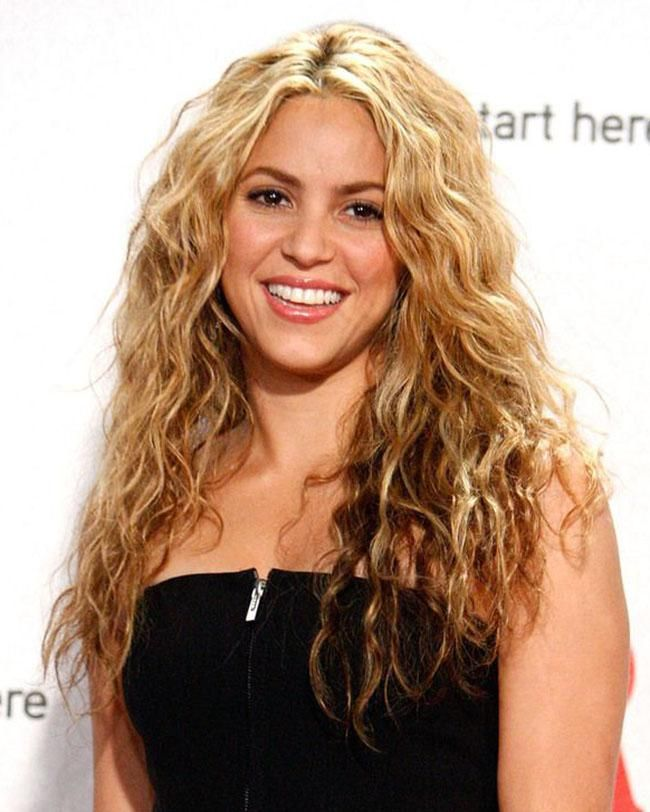 How To Style Wavy Hair All You Need To Know About Wavy Hair  Natural Wavy Hairstyles Wavy