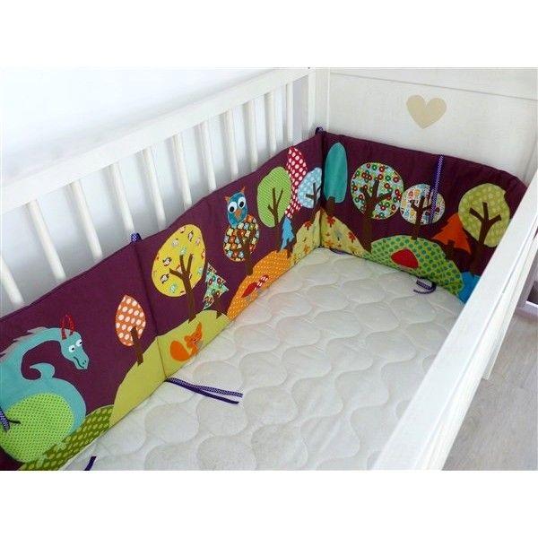 tour de lit pour b b personnalis th me for t hiboux. Black Bedroom Furniture Sets. Home Design Ideas
