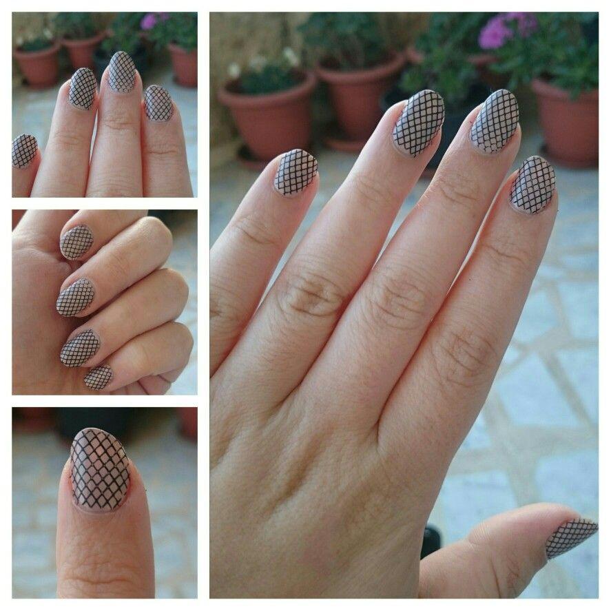 Season Konad Basic nail designs with the basic Konad stamping kit ...