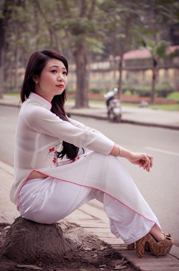 Hình ảnh đẹp - Ảnh Áo dài Việt Nam   Áo dài, Hình ảnh, Dép