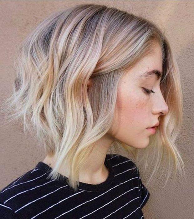 Carr plongeant court long blond 10 coupes pour trouver le carr balayage contraste - Carre plongeant long frange ...