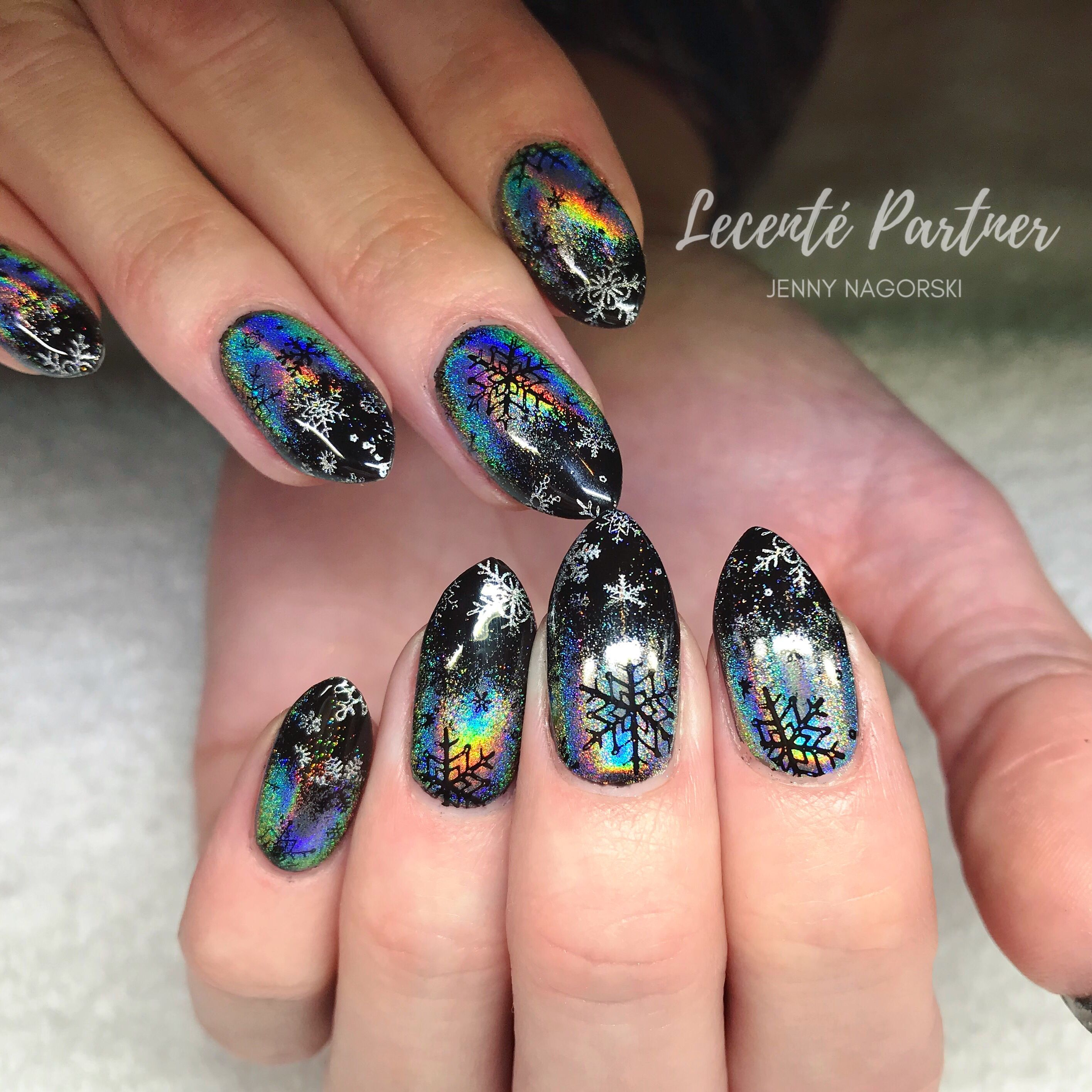 Christmas Nails Shellac: Christmas Snowflake Nails With Lecenté Rainbow Chrome And