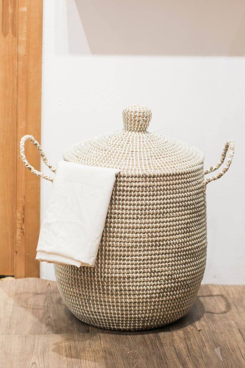 White Seagrass Basket With Lid Handle Natural Weave Basket Storage Laundry Woven Decor Storage Toy Basket Holder Container Planter Pot In 2020 Woven Decor Childrens Clothes Storage Wicker Baskets Storage