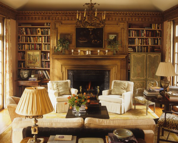 Cozy English And World Styled Sitting Room With: It Looks Very Inviting, Doesn't It? I Would Like To Be