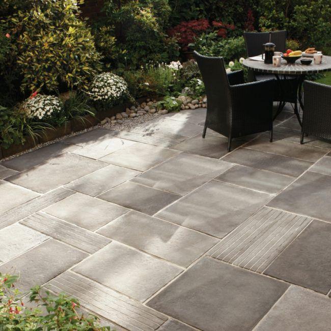 terrassenplatten aus beton für eine moderne gestaltung   garten, Gartenarbeit ideen