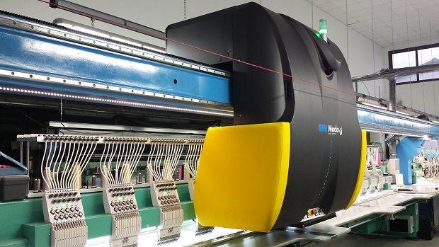 Nuovissimo sistema di #tagliolaser a ponte #GMI per macchine da ricamo. Installato su macchine multitesta #Tajima, in piano e con dispositivo #paillettes
