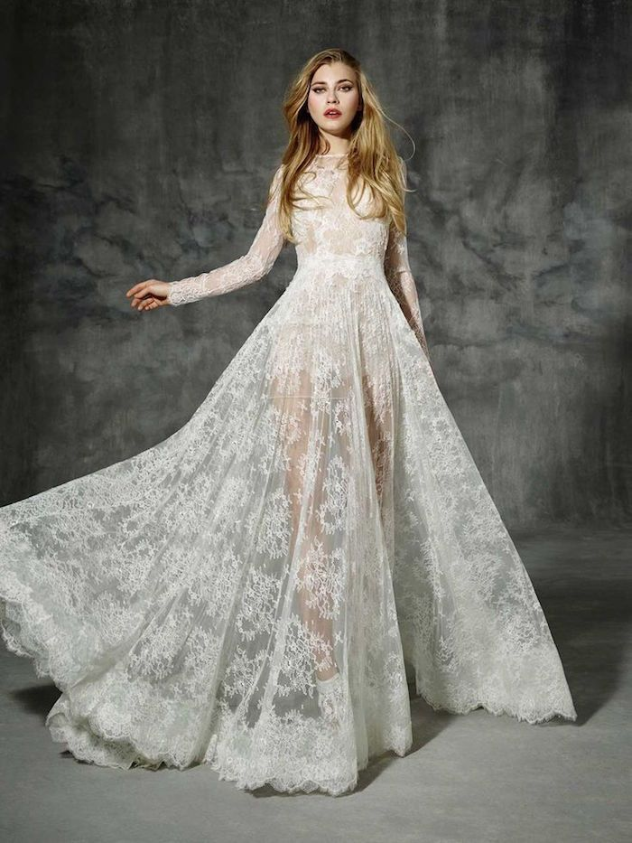 Bridal runway trends: Yolan Cris Wedding Dresses 2016