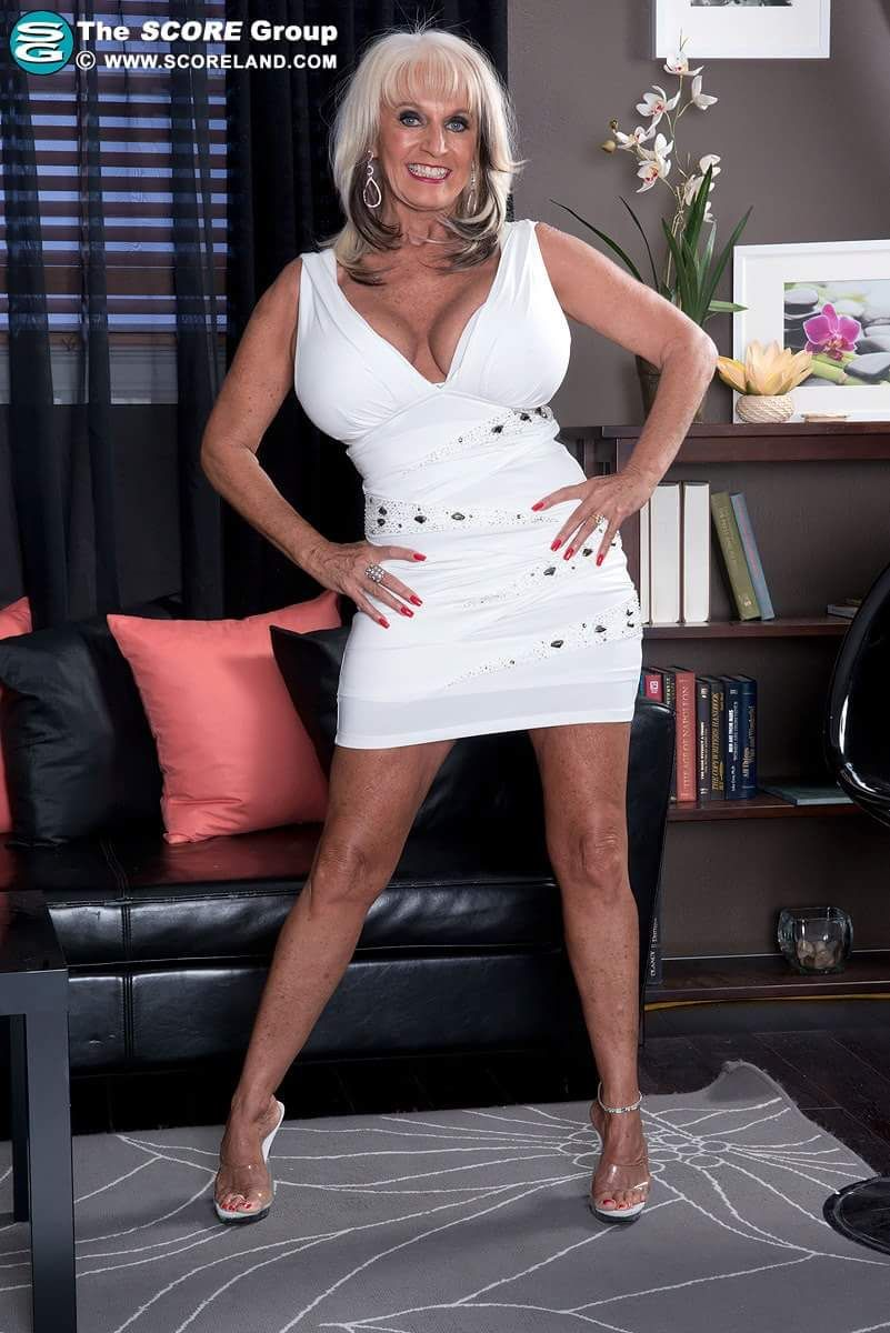 cougar matures granny sexy : photo | milfs | pinterest | hot clothes
