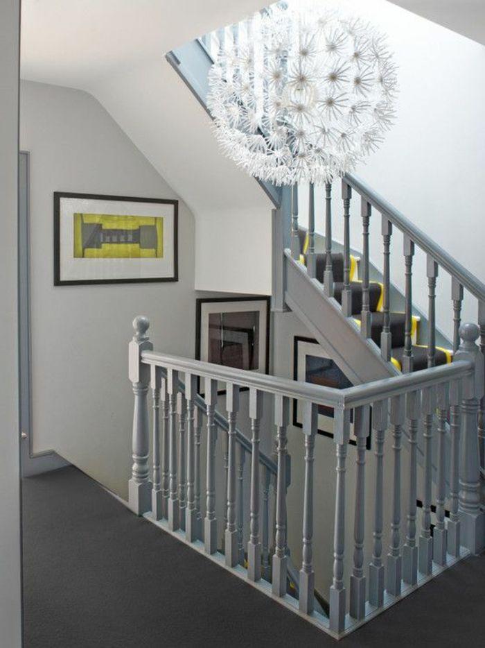 designer kronleuchter und vintage gel nder in der farbe grau gestaltung von treppen. Black Bedroom Furniture Sets. Home Design Ideas