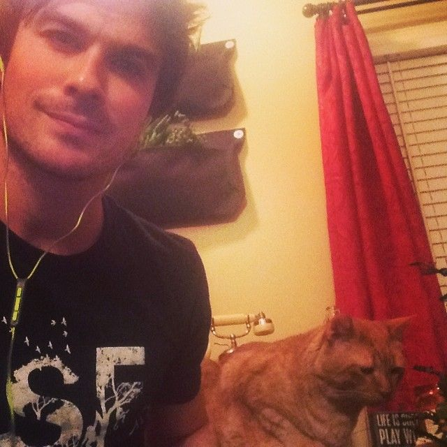 Ian Somerhalder - 13/04/14 - Me and Moke broadcasting from home for YEARS OF LIVING yearsofliving DANGEROUSLY google hangout! The show airs TONIGHT AT 10PM EST on SHOWTIME thejram showing me the amazing questions coming in!!!! You guys ROCK! http://instagram.com/p/mwDvdZKJya/ - Twitter & Instagram Pictures