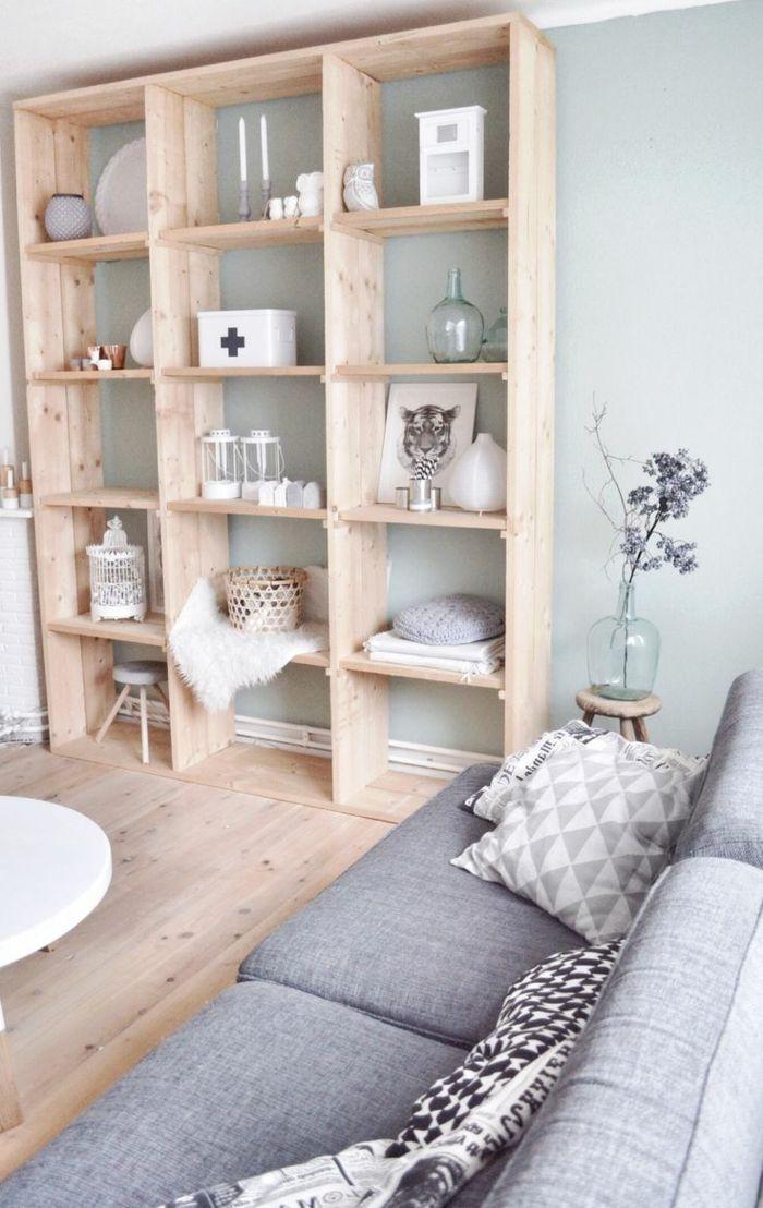 kreative wohnzimmer dekoration - hölzernes regalsystem ...