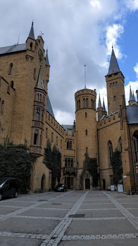 Burg Hohenzollern Hechingen 2019 All You Need To Know Before You Go With Photos Tripadvisor Maison Victorienne Chateau De Reve Le Manoir