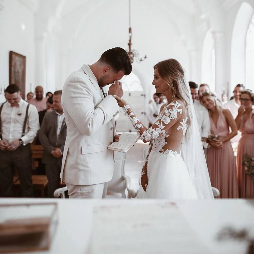 Here S The Lowdown On Friends Officiating Weddings Ruffled Wedding Photography Wedding Wedding Colors