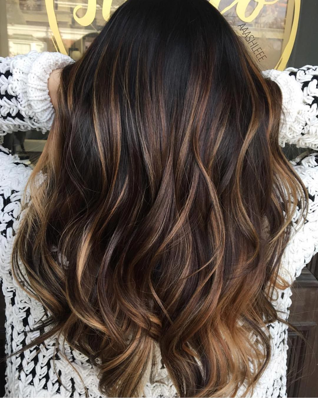 highlights Dark color brown hair with