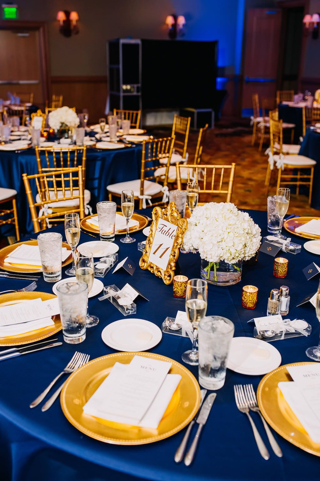 Navy Blue Gold And White Wedding Wedding Table Decorations Blue