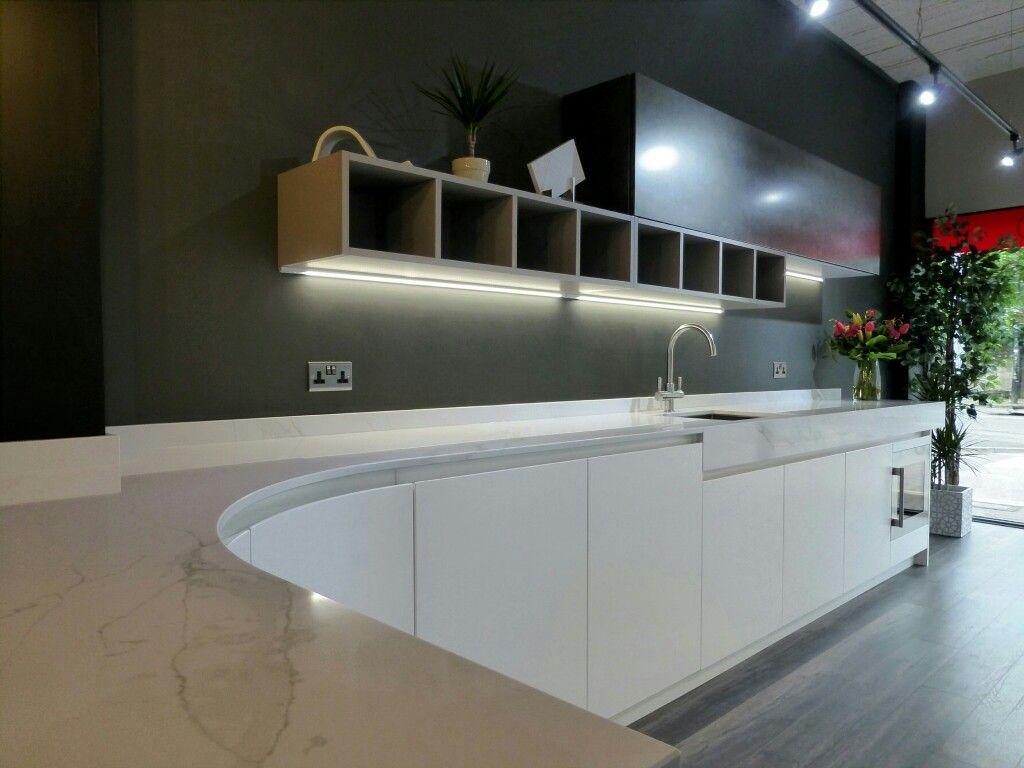 linea quattro kitchen display