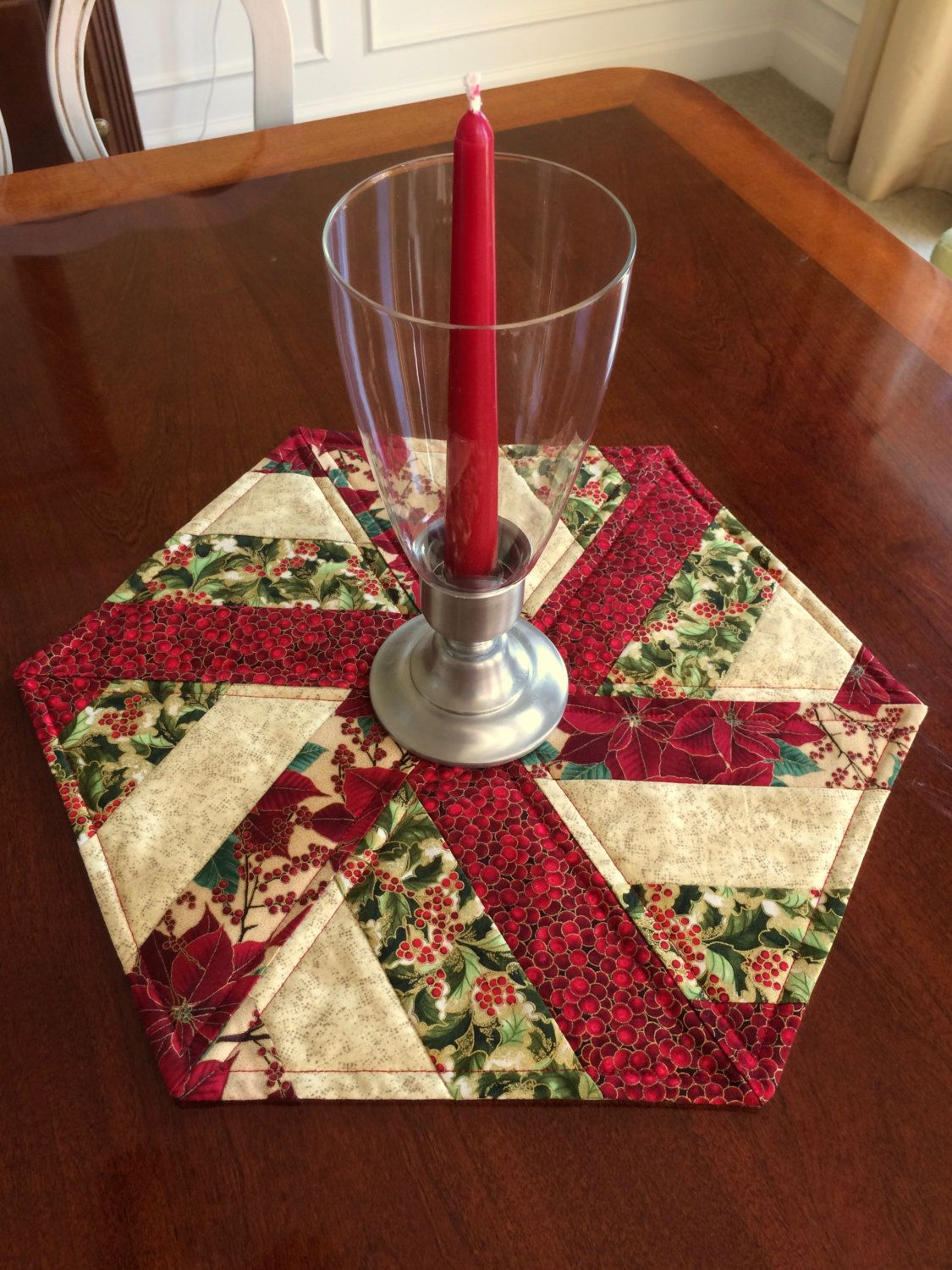 Christmas Red Green Quilted Hexagon Table Runner Candle Mat Table Topper Reversible Patchwork Table Runner Quilted Table Runners Patterns Quilted Table Runners