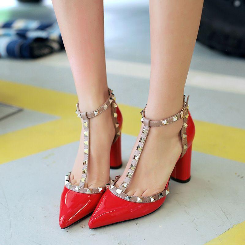 e4e10f90ddbd Find More Shoulder Bags Information about 2016 Pumps Summer style fashion  female sandals rivet Metal decoration