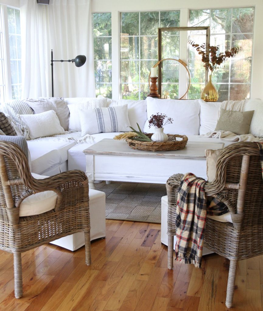 Inexpensive Cottage Style Living Room Furniture From Ikea: Living Room: Country,french
