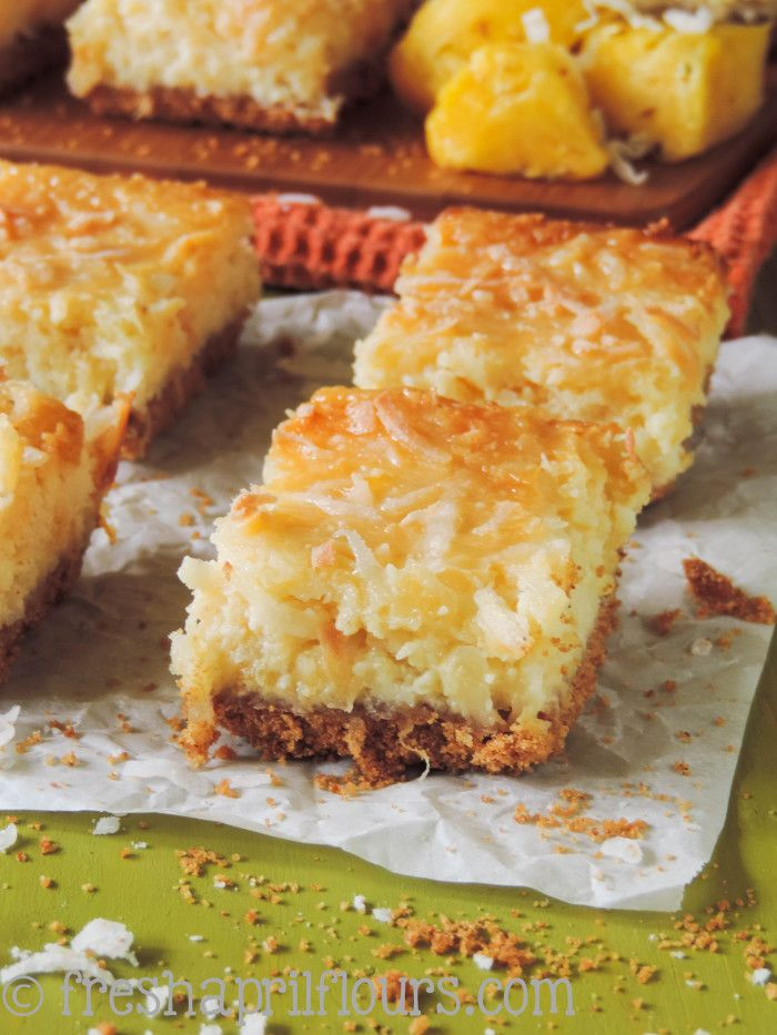 Piña Colada Bars: these tropical pineapple and coconut bars are the answer to your summer sweet tooth!