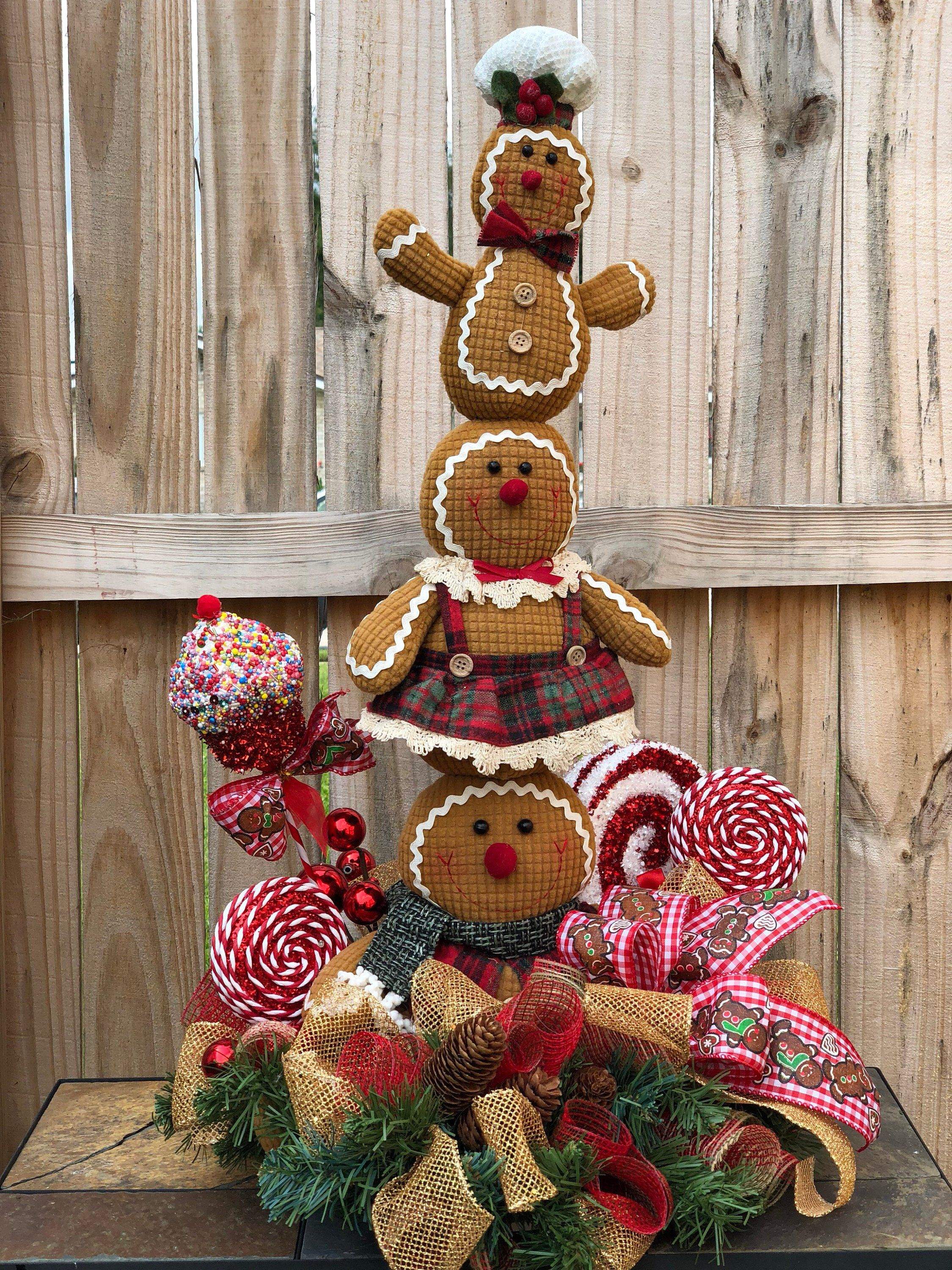 Excited To Share This Item From My Etsy Shop Christmas Centerpiece Gingerbread C Gingerbread Christmas Decor Rustic Christmas Wreath Gingerbread Decorations